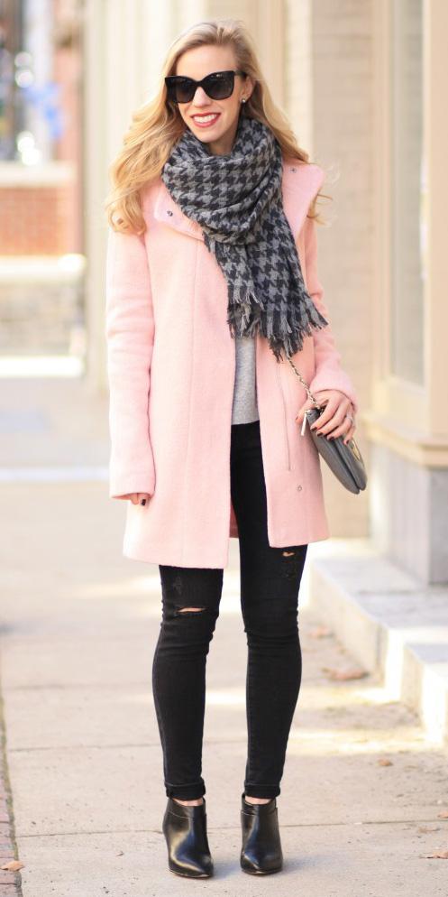black-skinny-jeans-grayd-scarf-houndstooth-print-black-shoe-booties-gray-bag-sun-pink-light-jacket-coat-fall-winter-blonde-lunch.jpg