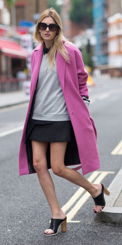 grayl-sweater-black-shoe-sandalh-mules-blonde-sun-pink-magenta-jacket-coat-fall-winter-lunch.jpg