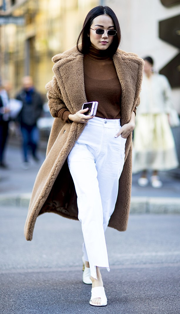 white-culottes-pants-brown-tee-turtleneck-camel-jacket-coat-brun-sun-white-shoe-pumps-fall-winter-lunch.jpg