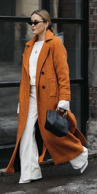white-wideleg-pants-white-sweater-orange-jacket-coat-blonde-sun-black-bag-fall-winter-lunch.jpg