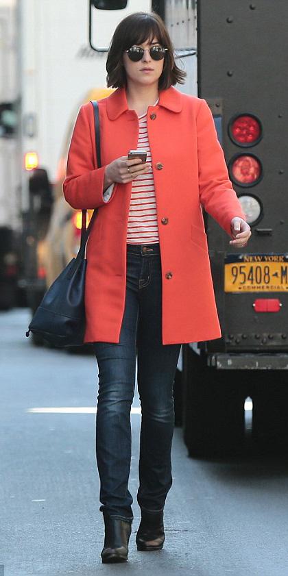 orange-jacket-coat-orange-tee-stripe-hairr-sun-blue-navy-skinny-jeans-black-shoe-booties-dakotajohnson-fall-winter-weekend.jpg