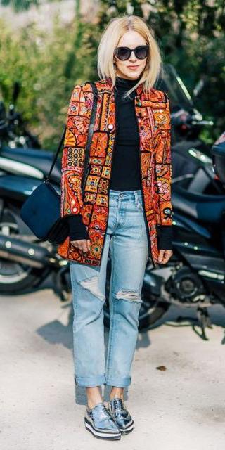 blue-light-boyfriend-jeans-gray-shoe-brogues-silver-black-bag-black-tee-print-orange-jacket-coat-fall-winter-blonde-lunch.jpg