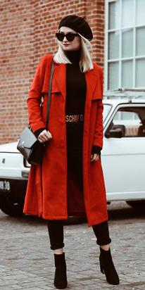black-sweater-turtleneck-beret-sun-blonde-black-bag-black-shoe-booties-orange-jacket-coat-trench-fall-winter-lunch.jpg