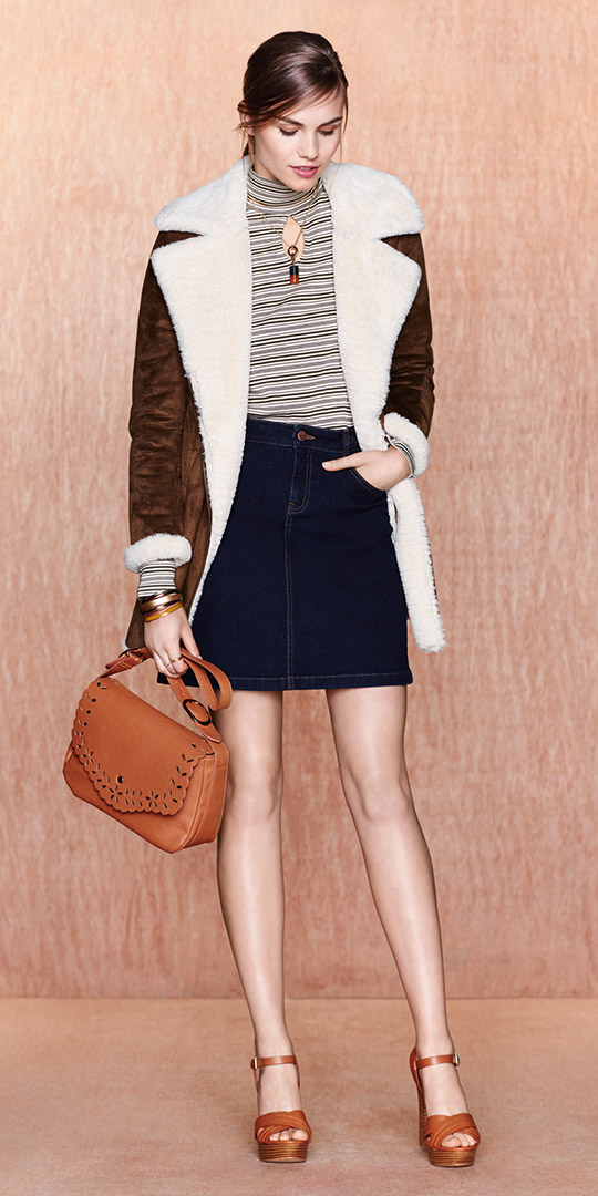 blue-navy-mini-skirt-black-tee-stripe-turtleneck-brown-jacket-coat-shearling-necklace-cognac-bag-cognac-shoe-sandalw-pony-fall-hairr-lunch.jpg