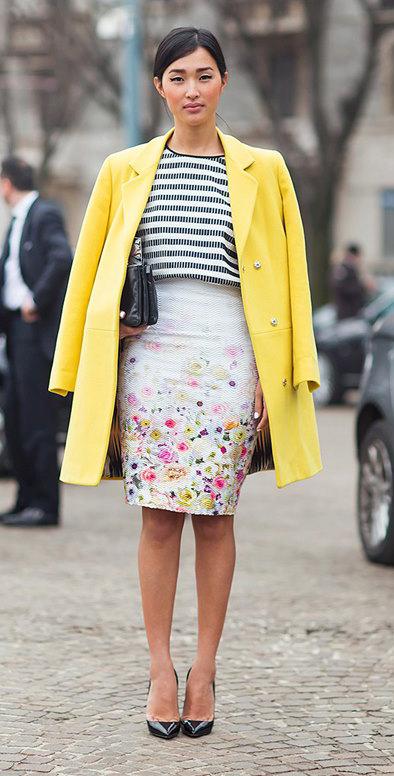 white-pencil-skirt-black-top-stripe-yellow-jacket-coat-black-bag-black-shoe-pumps-bun-howtowear-fashion-style-outfit-spring-summer-brun-dinner.jpg
