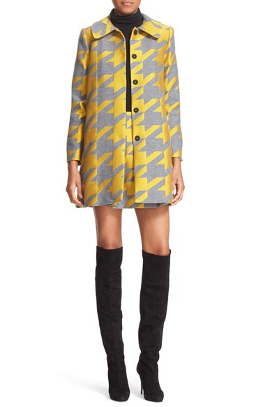 yellow-mini-skirt-black-sweater-turtleneck-wear-style-fashion-fall-winter-yellow-jacket-coat-print-black-shoe-boots-match-lunch.jpg