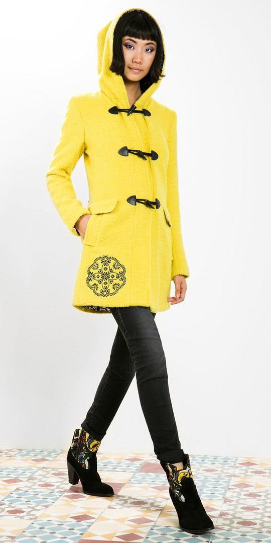 black-skinny-jeans-black-shoe-booties-yellow-jacket-coat-brun-bob-fall-winter-weekend.jpg