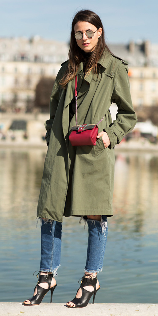 blue-med-skinny-jeans-red-bag-sun-hairr-black-shoe-sandalh-green-olive-jacket-coat-trench-fall-winter-lunch.jpg