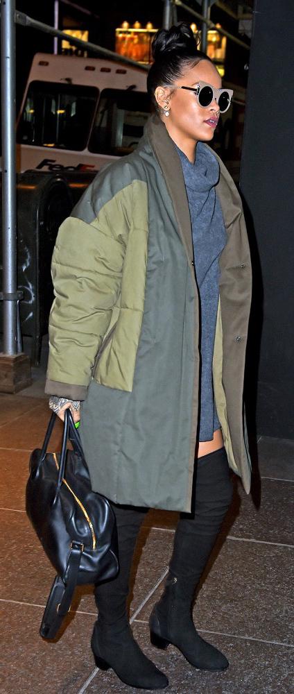 grayl-dress-green-olive-jacket-coat-oversized-black-shoe-boots-black-bag-hand-sun-bun-rihanna-celebrity-street-sweater-turtleneck-howtowear-fashion-style-outfit-fall-winter-brunette-dinner.jpg