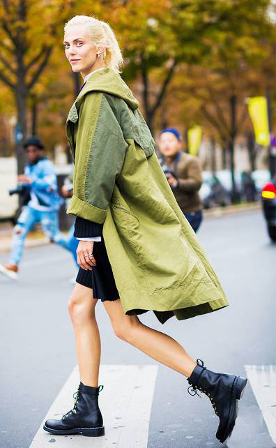 black-shoe-booties-blonde-pony-green-olive-jacket-coat-parka-fall-winter-outfit-weekend.jpg