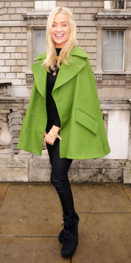 black-skinny-jeans-black-tee-cape-black-shoe-booties-green-olive-jacket-coat-fall-winter-blonde-lunch.jpg