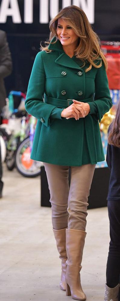 tan-skinny-jeans-tan-shoe-boots-hairr-melaniatrump-green-emerald-jacket-coat-peacoat-fall-winter-tan-leggings-lunch.jpg