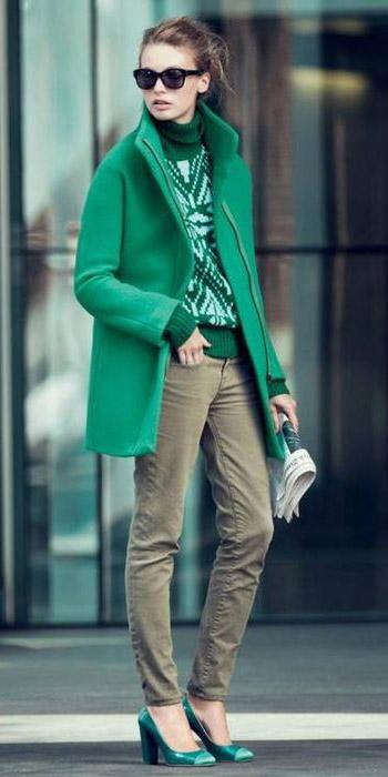 green-olive-skinny-jeans-green-emerald-sweater-turtleneck-sun-bun-green-shoe-pumps-mono-green-emerald-jacket-coat-fall-winter-hairr-lunch.jpg