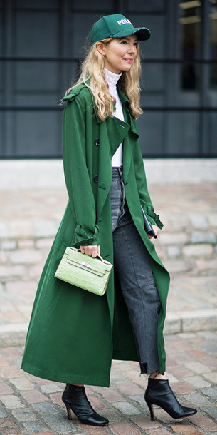 grayd-crop-jeans-white-tee-turtleneck-hat-cap-green-bag-black-shoe-booties-trench-green-emerald-jacket-coat-fall-blonde-lunch.jpg