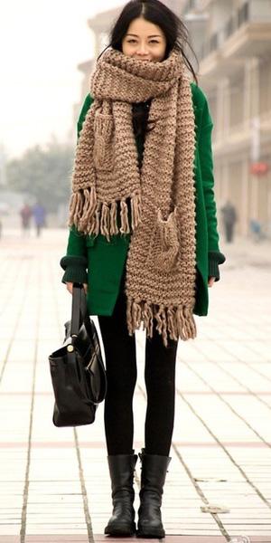 black-leggings-black-shoe-booties-black-bag-tan-scarf-green-emerald-jacket-coat-fall-winter-brun-weekend.jpg