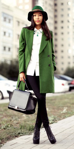 black-skinny-jeans-black-shoe-booties-necklace-black-bag-hat-white-collared-shirt-green-emerald-jacket-coat-fall-winter-brun-lunch.jpg