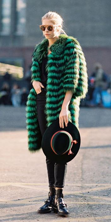 black-skinny-jeans-black-shoe-booties-sun-pony-hat-green-emerald-jacket-coat-fur-fuzz-fall-winter-blonde-lunch.jpg