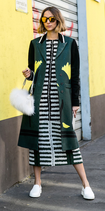 white-dress-midi-mixprints-white-shoe-sneakers-white-bag-hairr-sun-bob-green-dark-jacket-coat-fall-winter-weekend.jpg