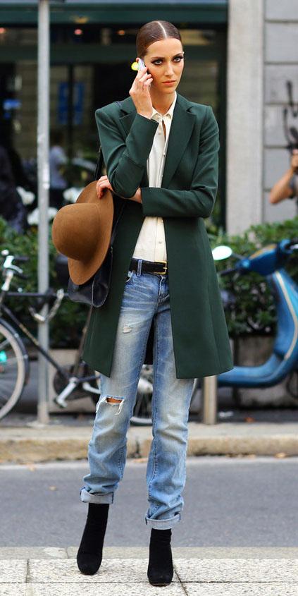 blue-light-boyfriend-jeans-belt-hat-bun-white-top-blouse-black-shoe-booties-green-dark-jacket-coat-fall-winter-hairr-lunch.jpg