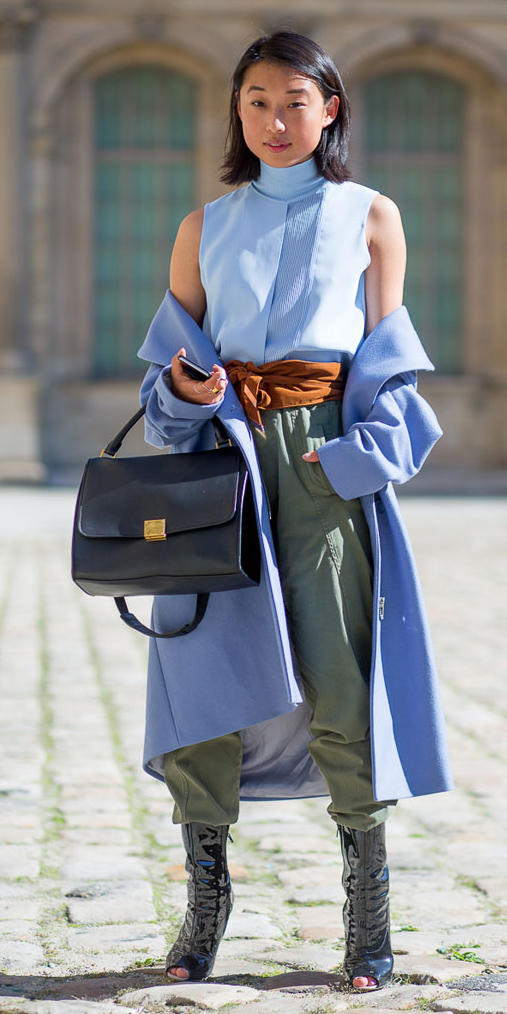 blue-light-jacket-coat-blue-light-top-turtleneck-wide-belt-brun-lob-green-olive-joggers-pants-fall-winter-lunch.jpg