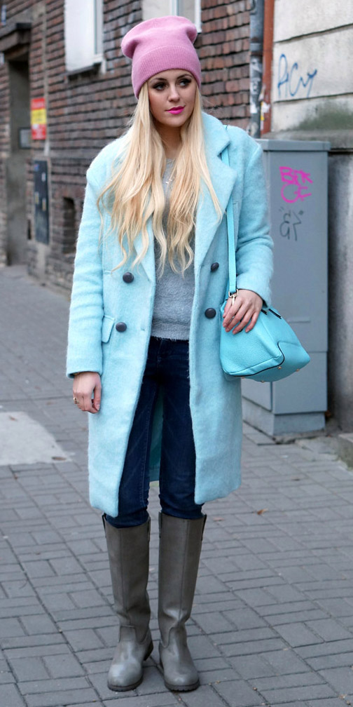 blue-navy-skinny-jeans-gray-shoe-boots-grayl-sweater-blue-light-jacket-coat-blue-bag-blonde-beanie-fall-winter-weekend.jpg