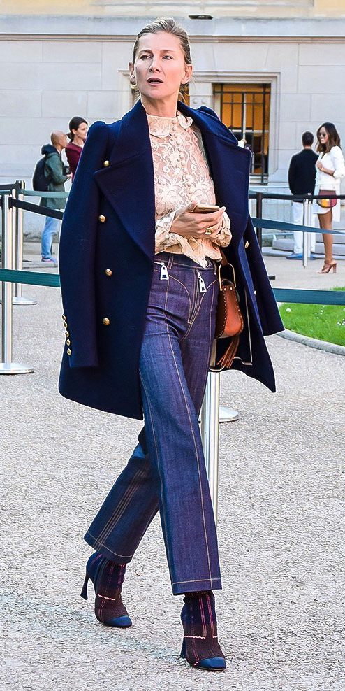 blue-navy-flare-jeans-white-top-blouse-lace-blonde-cognac-bag-blue-shoe-booties-blue-navy-jacket-coat-peacoat-fall-winter-dinner.jpg