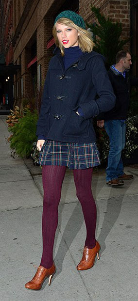 blue-navy-mini-skirt-blue-navy-sweater-turtleneck-blue-navy-jacket-coat-beanie-fall-winter-plaid-burgundy-tights-cognac-shoe-booties-peacoat-taylorswift-blonde-lunch.jpg
