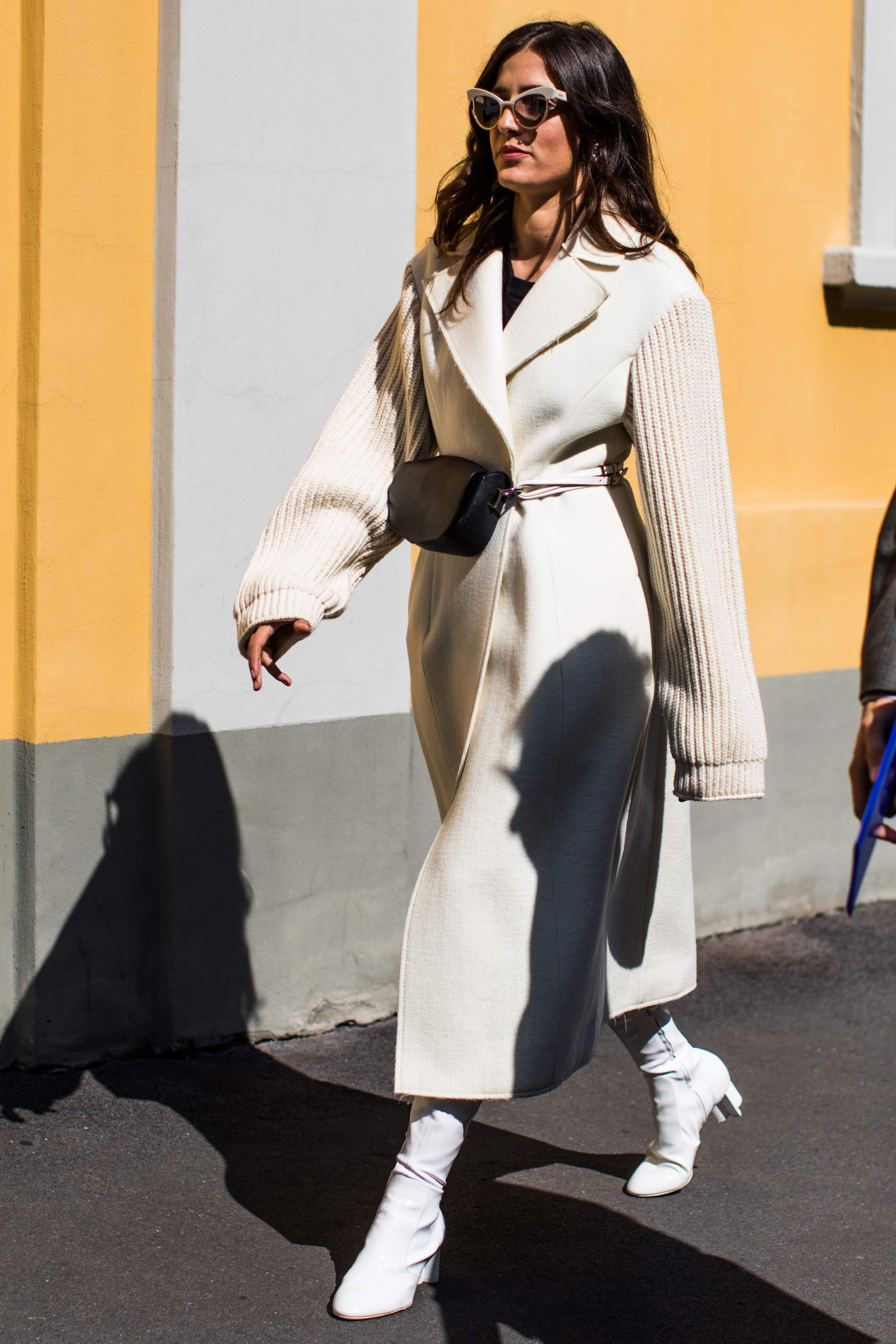 white-jacket-coat-black-bag-fannypack-hairr-sun-white-shoe-boots-fall-winter-lunch.jpeg