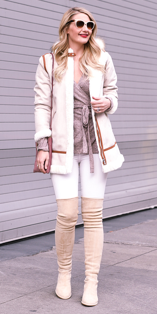 how-to-style-white-skinny-jeans-tan-shoe-boots-otk-tonal-tan-top-wrap-white-jacket-coat-shearling-blonde-sun-fall-winter-fashion-lunch.jpg