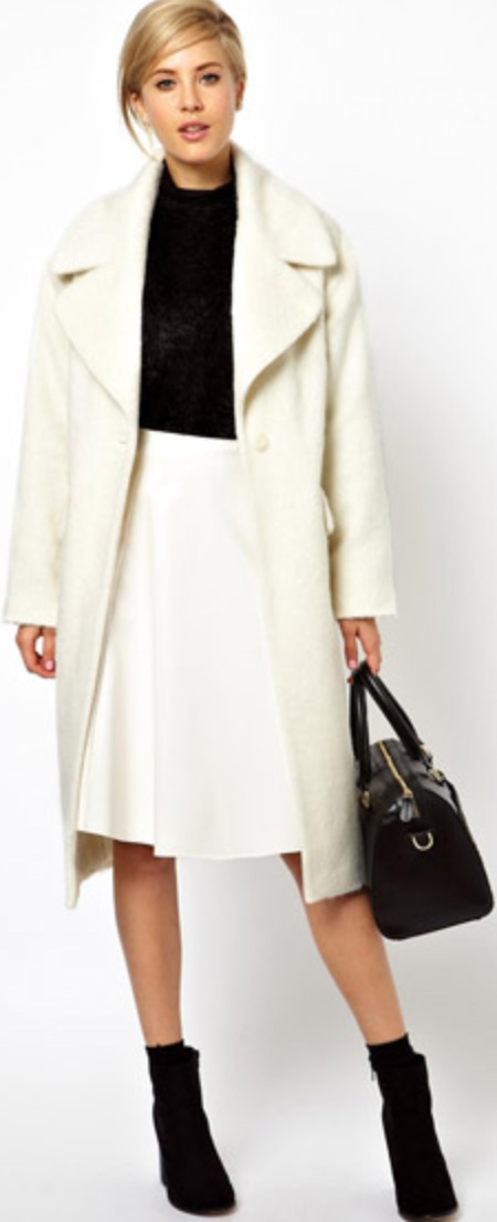white-aline-skirt-wear-black-sweater-bun-black-bag-white-jacket-coat-style-fashion-fall-winter-black-shoe-booties-blonde-dinner.jpg