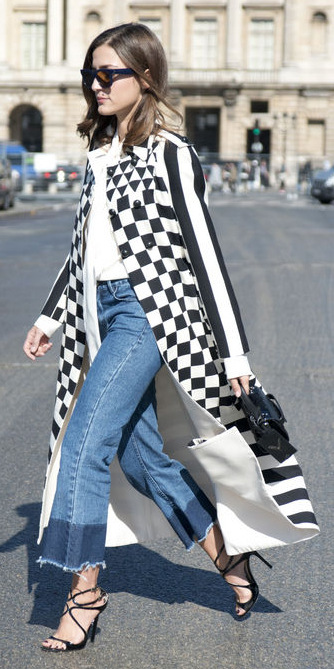 blue-med-crop-jeans-white-top-blouse-tie-white-jacket-coat-black-shoe-sandalh-black-bag-hand-sun-graphic-duster-wear-fashion-style-spring-summer-brun-dinner.jpg