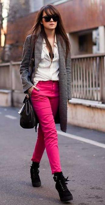 r-pink-magenta-skinny-jeans-white-top-blouse-grayl-jacket-coat-herringbone-black-shoe-booties-black-bag-sun-howtowear-fashion-style-outfit-fall-winter-brun-lunch.jpg