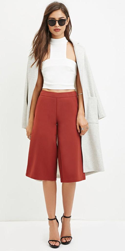 orange-culottes-pants-white-crop-top-grayl-jacket-coat-sun-black-shoe-sandalh-spring-summer-hairr-lunch.jpg