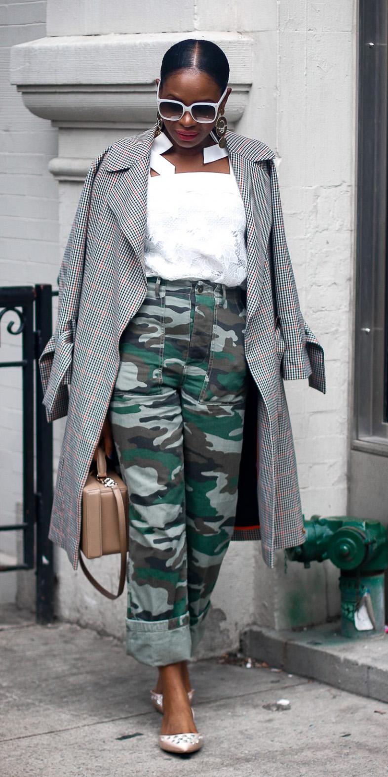green-dark-chino-pants-camo-print-sun-bun-white-top-grayl-jacket-coat-fall-winter-brun-lunch.jpg