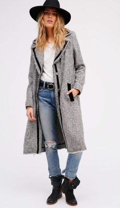 blue-med-skinny-jeans-white-tee-wear-outfit-fashion-fall-winter-freepeople-grayl-jacket-coat-black-shoe-booties-hat-belt-blonde-weekend.jpg