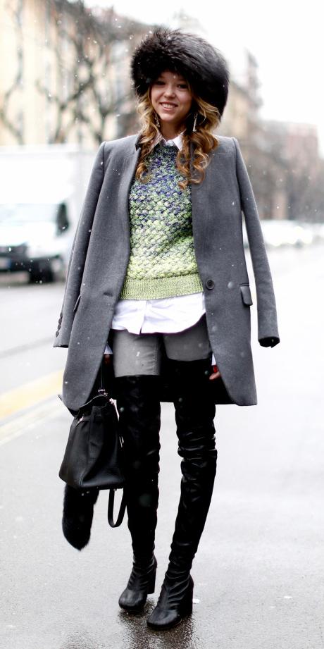 grayl-skinny-jeans-black-shoe-boots-otk-green-light-sweater-white-collared-shirt-hat-black-bag-layer-grayl-jacket-coat-fall-winter-hairr-lunch.jpg