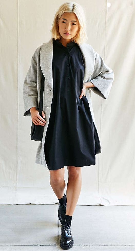 black-dress-grayl-jacket-coat-black-shoe-brogues-socks-black-bag-shirt-coatigan-wear-style-fashion-fall-winter-blonde-weekend.jpg