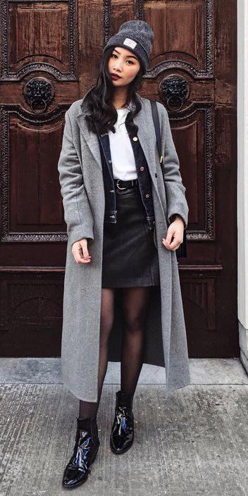how-to-style-black-mini-skirt-denim-layer-white-tee-brun-beanie-black-tights-black-shoe-booties-grayl-jacket-coat-fall-winter-fashion-lunch.jpg