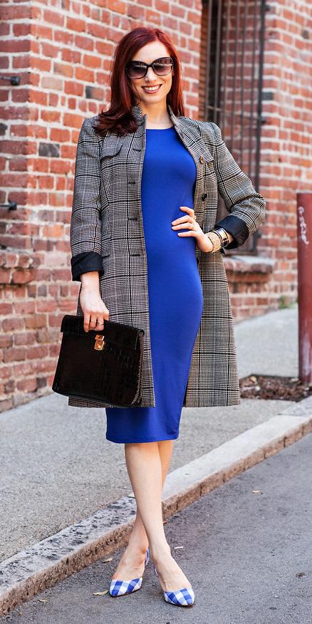 blue-navy-dress-bodycon-cobalt-black-bag-blue-shoe-pumps-grayd-jacket-coat-spring-summer-hairr-work.jpg