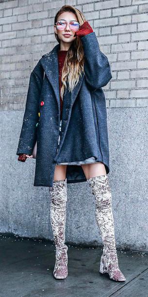 red-sweater-gray-shoe-boots-otk-velvet-grayd-jacket-coat-fall-winter-blonde-lunch.jpg