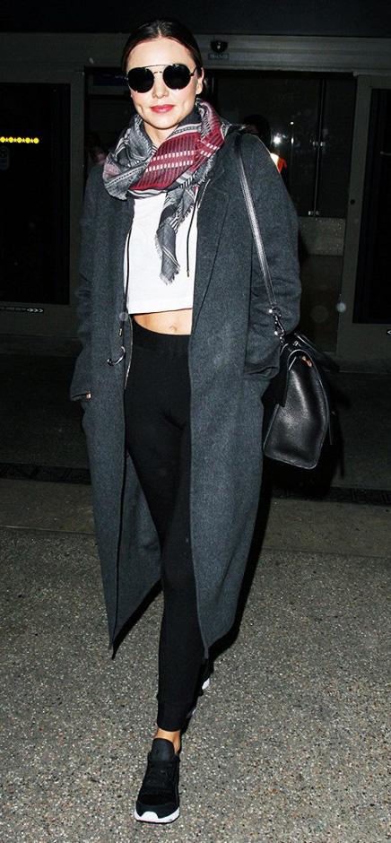 black-leggings-white-tee-grayd-jacket-coat-bun-sun-black-bag-mirandakerr-wear-outfit-fashion-fall-winter-black-shoe-sneakers-airport-style-burgundy-scarf-hairr-classic-weekend.jpg