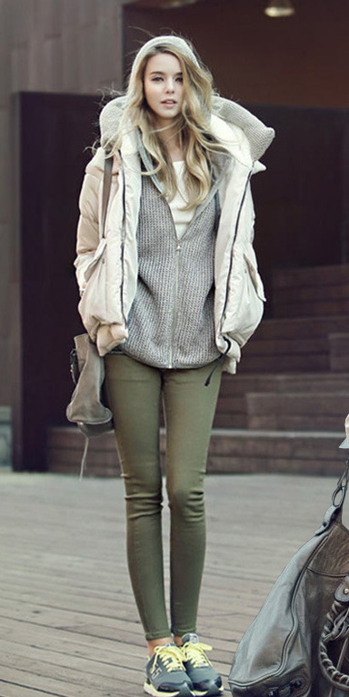 green-olive-skinny-jeans-grayl-cardigan-hoodie-white-jacket-coat-puffer-fall-winter-blonde-weekend.jpg