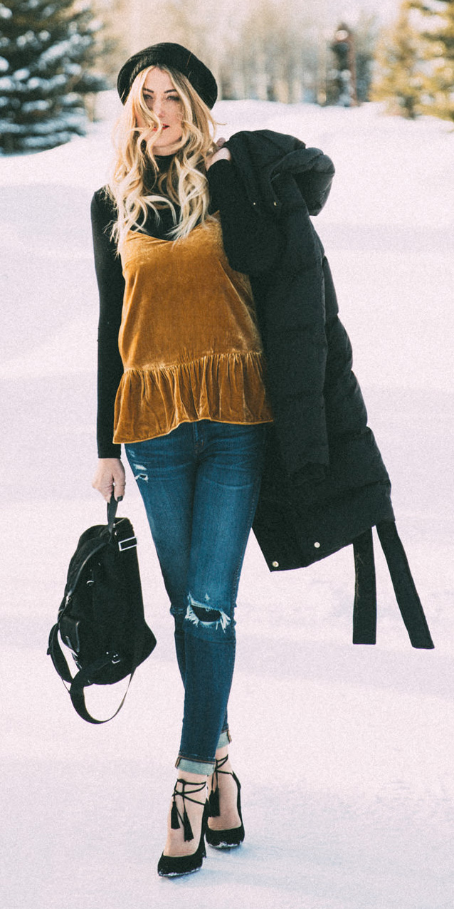 blue-navy-skinny-jeans-black-tee-turtleneck-yellow-cami-velvet-layer-beanie-black-bag-pack-black-shoe-pumps-black-jacket-coat-puffer-fall-winter-blonde-lunch.jpg