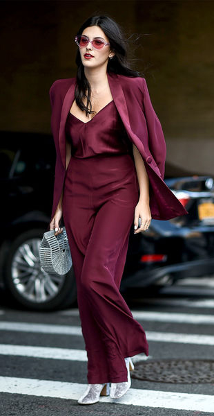 burgundy-wideleg-pants-mono-gray-bag-gray-shoe-booties-burgundy-cami-sun-brun-burgundy-jacket-blazer-suit-fall-winter-dinner.jpg