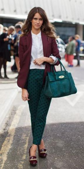 how-to-style-green-dark-slim-pants-white-collared-shirt-green-bag-hairr-burgundy-jacket-blazer-burgundy-shoe-pumps-fall-winter-fashion-work.jpg