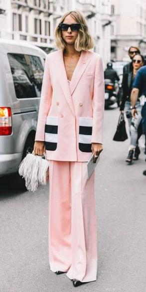 pink-light-wideleg-pants-suit-blonde-lob-sun-white-bag-pink-light-jacket-blazer-fall-winter-lunch.jpg