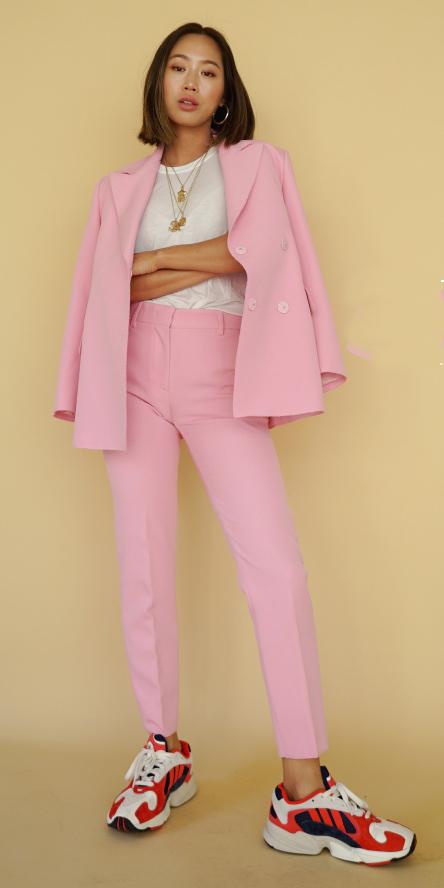pink-light-slim-pants-suit-red-shoe-sneakers-white-tee-necklace-pink-light-jacket-blazer-brun-lob-spring-summer-lunch.jpg