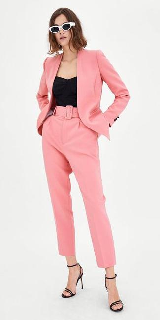 pink-light-slim-pants-suit-black-top-tank-hairr-sun-black-shoe-sandalh-pink-light-jacket-blazer-spring-summer-lunch.jpg