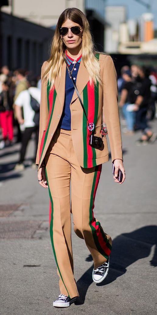 how-to-style-tan-wideleg-pants-stripe-suit-blue-navy-tee-polo-blonde-sun-black-shoe-sneakers-tan-jacket-blazer-fall-winter-fashion-weekend.jpg