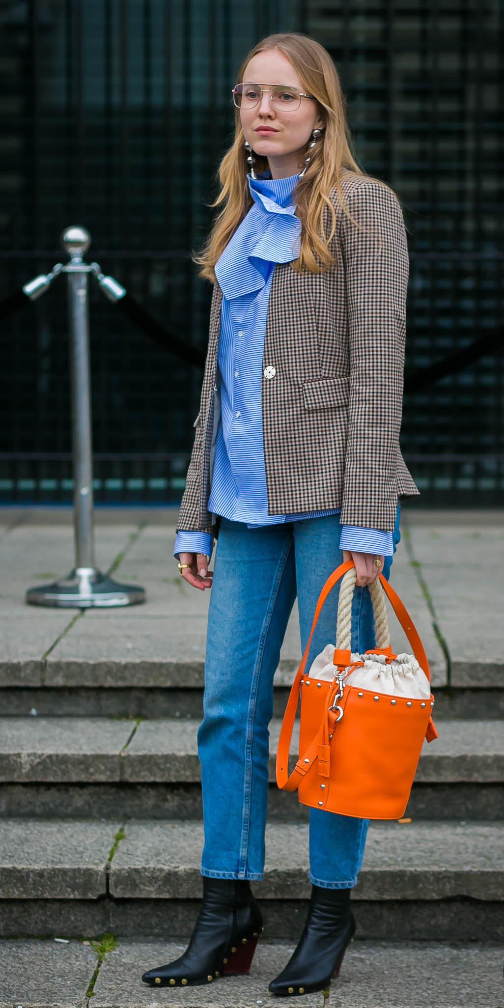 blue-med-skinny-jeans-blue-med-top-ruffle-orange-bag-bucket-black-shoe-booties-earrings-tan-jacket-blazer-fall-winter-blonde-lunch.jpg